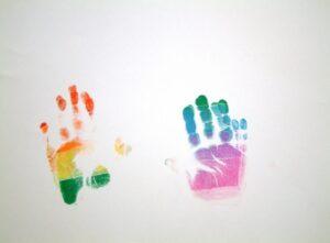 Χέρια, ουράνιο τόξο