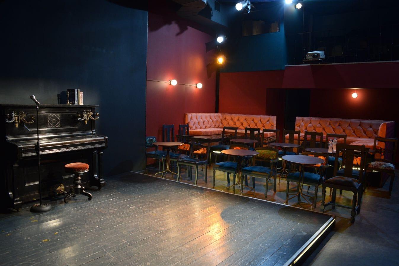 Το Red Jasper Cabaret Theatre επιστρέφει